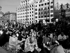 Movimiento 15-M Democracia Real Ya! (Bilbao) (Kr3stO) Tags: camping blancoynegro protest bilbao acampada blackorwhite teatroarriaga spanishrevolution democraciarealya movimiento15m