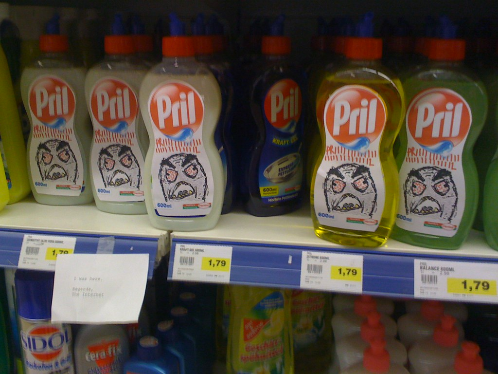 Pril Rage Guy Action in supermarket: PRIIIIIIIL