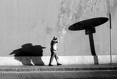 Save our souls (Nash72) Tags: road street shadow people bw rome roma film 50mm streetphotography tmax400 borgopio ilpeccato fotoperstrada fds24h