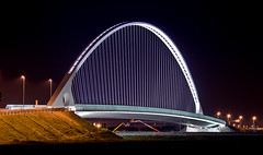 Ponte di Calatrava al casello autostradale di RE [Santiago Calatrava bridge at a local highway exit (Italy)] (ecatoncheires) Tags: bridge santiago italy white black night puente interestingness highway arch shot nightshot ponte emilia explore calatrava sail pont re vela brcke bianco arco nero notturna notte santiagocalatrava notturno reggio reggioemilia bogen archi ponti vele baugerst explored impressionsexpressions colorphotoaward nellemilia reggionellemilia reggioemiliaitaly ecatoncheires autostradale
