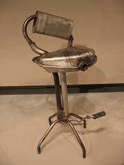 marmittasgabello (dogeyes) Tags: mostra arte fabbrica metallo mutoid sgabello marmitta