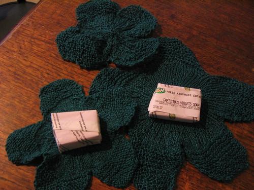 lilypad washcloths 2