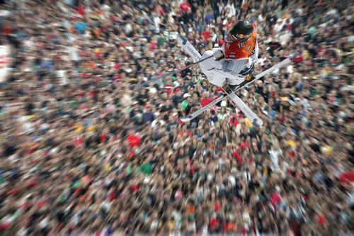 Zurich 24/9/05: Freestyle.ch, l'évènement consacré aux sports alternatifs, Ski et snowboard freestyle, skate et BMX sur la big rampe et FMX moto. by favros.