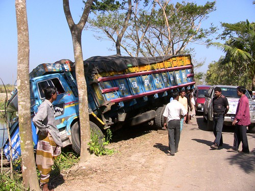 Truck Falls into the Ditch on the Road to Bagarat