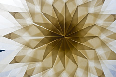 Papierstern (Friedel Callies) Tags: paper fenster stern papier 50mmf18 transparenz paperstar seriese manualmetering