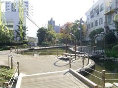 13川の跡の公園_01