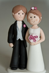 Bride and Groom (Rouvelee's Creations) Tags: brideandgroom fondantmodeling