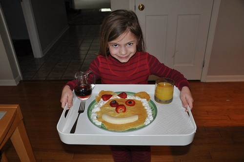 Alana Ready to Take Breakfast in Bed to Mom