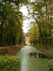 Schloss Neschwitz - Parkanlage im französischen Stil mit Pavillons und Springbrunnen