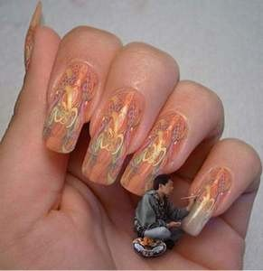 Finger Nail Painter.jpg