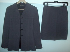 Tahari Suit Women's Size 4 $60 (From My Home To Yours) Tags: gray skirt womens jacket polyester size4 taharisuit