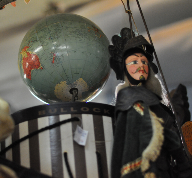 globe and vintage hat box