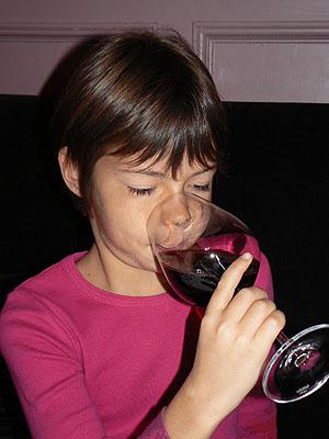 Z qui boit du vin.jpg