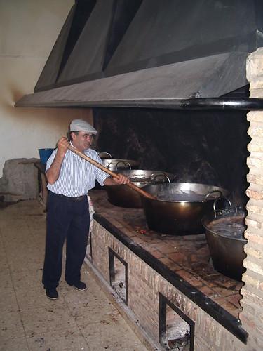 Preparando la Caldereta