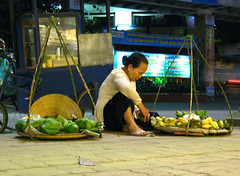fruit seller at night (middle-child) Tags: vietnam bananas hue fruitseller conicalhat