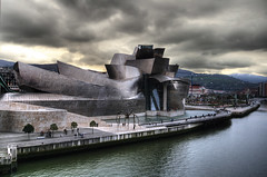 Un museo del futuro (GustavoCba) Tags: world city trip travel autumn vacation portrait people espaa cloud color colour building art history love nature museum architecture clouds digital photoshop canon fun outdoors photography photo high spain agua scenery europe day exterior place angle no awesome famous capital memories cities sigma landmark illuminated bilbao international destination imagination guggenheim museo manual ideas hdr pictureperfect iconos argentino beutiful argentinos fotgrafos titanio citycape cordobeses 5photosaday photpgrapher 400d mywinners