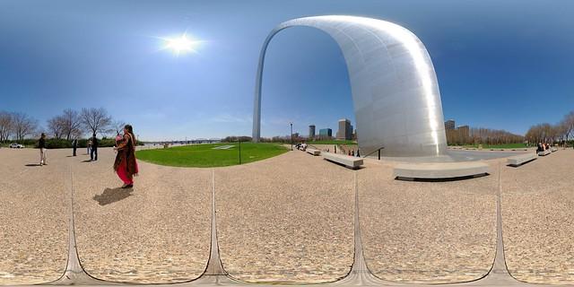 Gateway Arch by wcm777