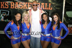jerome williams and some broads 2 of em are fly
