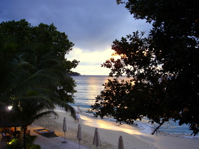Sunset on Anse Beauvallon on Mahe (Seychelles)