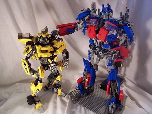 Optimus Prime and Bumblebee 01