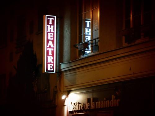 au Théâtre ce soir