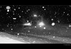 winter storm (fredurbans) Tags: winter blackandwhite snow storm cold night canon december quebec montreal hiver powershot explore getty neige blizzard bnw decembre tempete varennes charue nohdr a540 powershota540 aplusphoto fredurbans