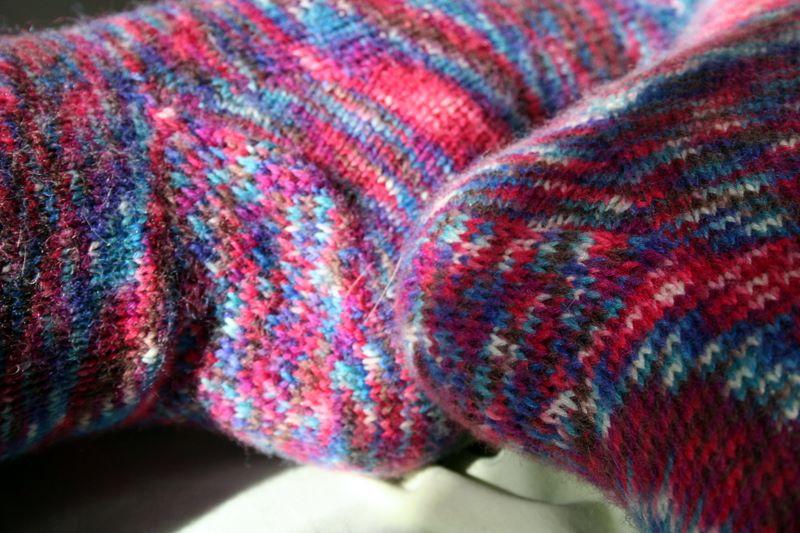 Knitting Stitches Eye Of Partridge : FO   Toe-Up Eye of Partridge Heel Socks   Vickilicious Knits