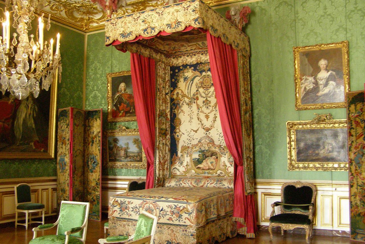 Спальня королевской любовницы