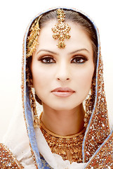 (Fayyaz Ahmed) Tags: pakistan portrait white topf25 girl fashion bride nikon highkey bridal karachi beautyshoots