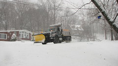 Snow Plow (Petunia21) Tags: snow newyork truck snowplow rockland rocklandcounty nanuet december132007 southparkavenue lexowavenue