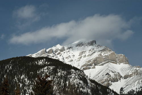 20080214_lakelouise_kicking_005