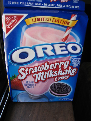 Strawberry Milkshake Creme Oreos