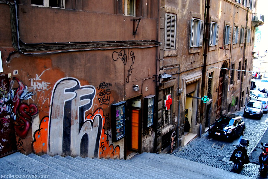 FE Graffiti Throw up Bomb in Rome Italy.
