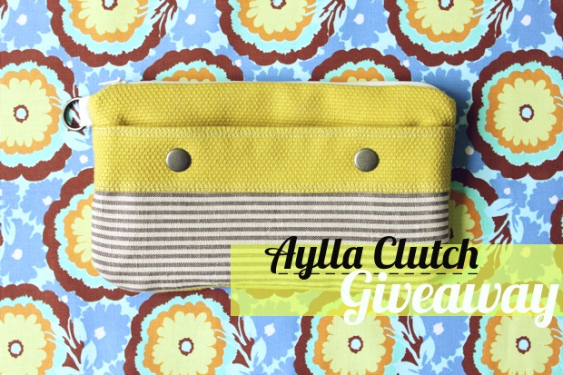 Aylla Clutch Giveaway