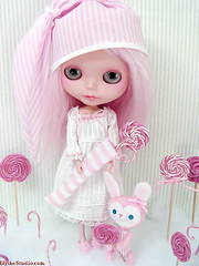 Enchantmints (Ragazza*) Tags: pink bunny mohair pastels lollipops airbrush candycanes christmasstocking customdoll handmadetoys handmadeoutfit blythestudio
