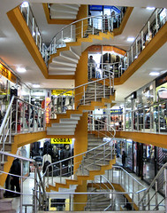 Spiral staircase (Francisco Anzola) Tags: mall turkey shopping spiral clothing istanbul staircase shops stores