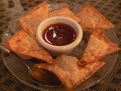 Thai Fried Wontons w/ Pork Filling (JasonAaronAZ) Tags: arizona food asian sweet sauce crispy pork thai wonton gilbert thin filling friedwontons mintthaicafe