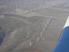 I012508 662 (brewbooks) Tags: windmill washington power windmills electricity geography mooney airborne windfarm windowseat goodnoehills windturbinegenerator i012508 goodnoehillswindfarm