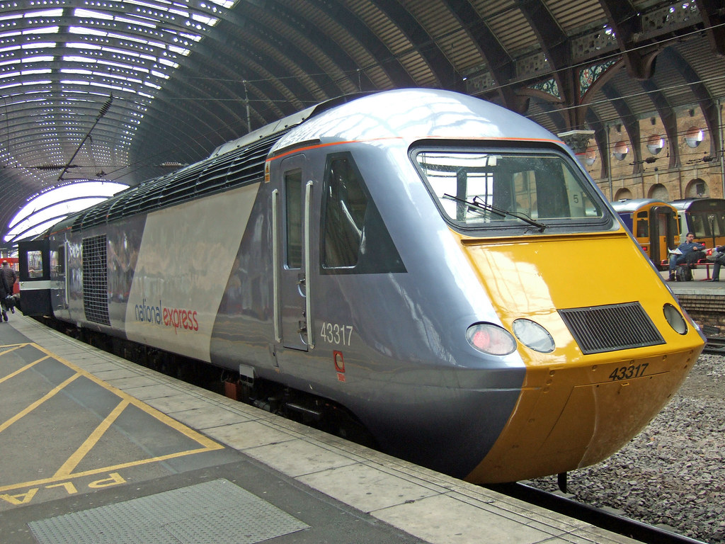 HST - NEW PAINT JOB ! (by CARLOS62)