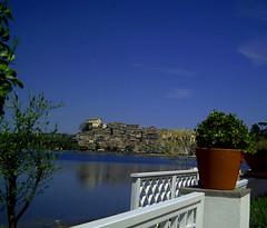 Anguillara (Birnardo) Tags: lago italia sensational gita anguillara lazio bestofflickr digitalcameraclub kartpostal simplysuperb salveanatureza flickrbestpics apeachofashot artedellafoto birnardo bomboetosky