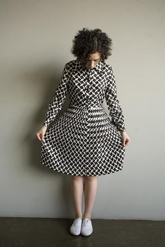 ПРОДАНО Английское платье конца 70-х годов из искусственного шелка с...