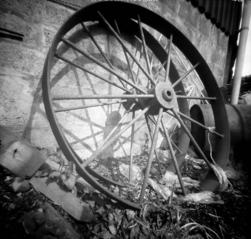 Farm wheel pinhole image