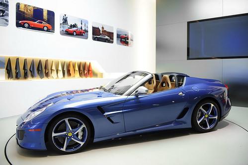 Ferrari-Superamerica-45-64085