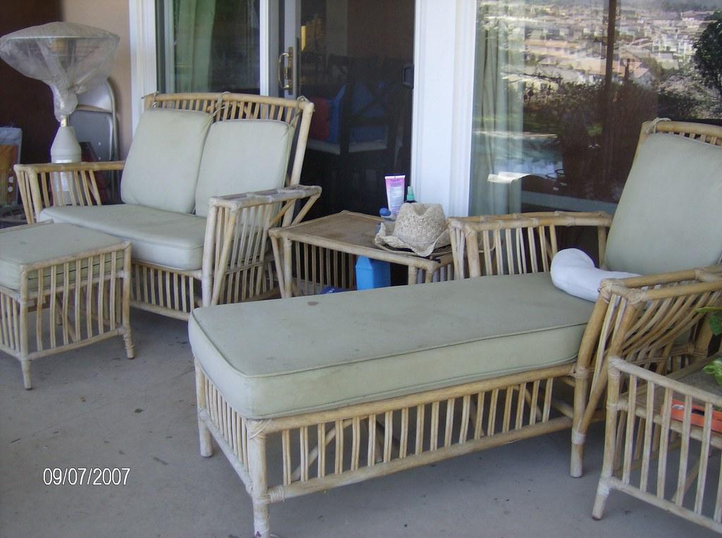 Comfortable patio furniture comfortable patio ashley for Comfortable porch furniture