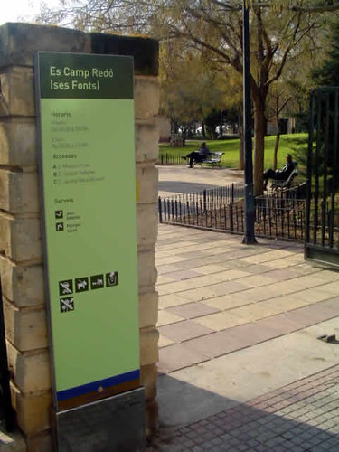 puerta del parque de Ses Fonts de Palma