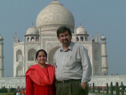 Shubha and Atul at the Taj Mahal