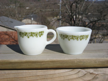 Pyrex Spring Blossom Sugar & Creamer