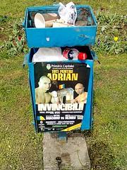 Adrian Diaconu pe lada de gunoi