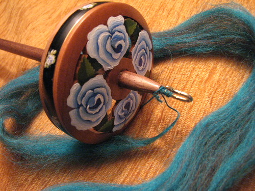 "Golding Ring Spindle - ""4 Blue Roses"""