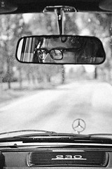 auswrts (rman) Tags: auto portrait bw man male car glasses mirror blackwhite chrome mercedesbenz sw mann brille stern spiegelung chrom rckspiegel schwarzweis